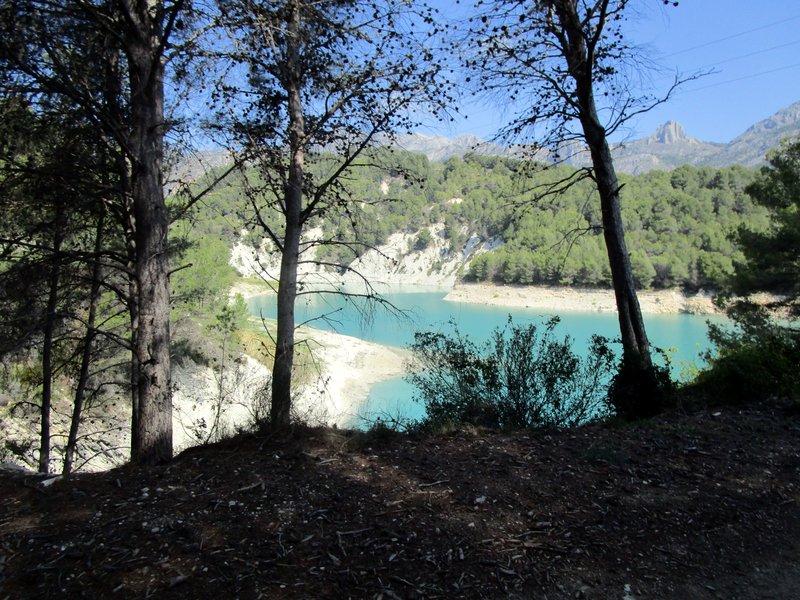 Tour du lac de Guadalest