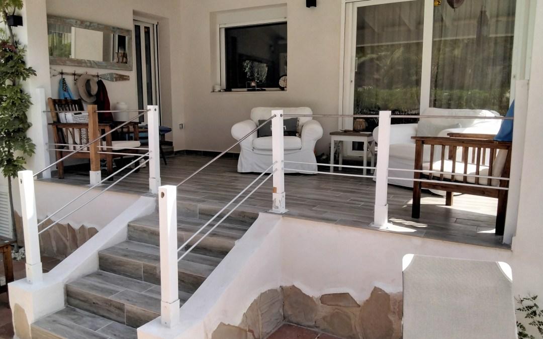 Remise en place du garde corps de la terrasse